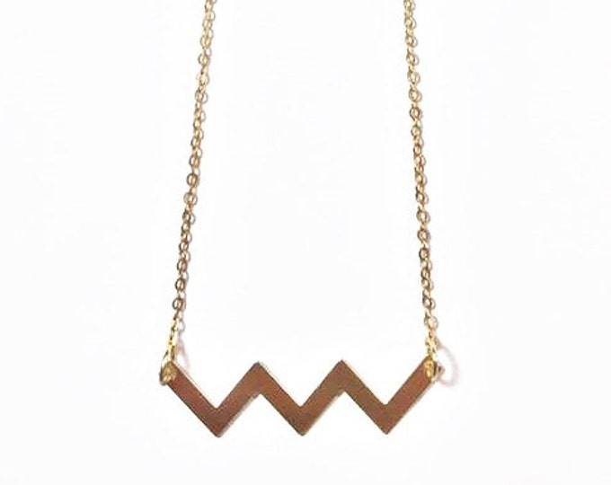 Gold Minimalist Necklace - Gold Chevron Necklace - Modern and Trendy - Statement Necklace - Chevron Charm