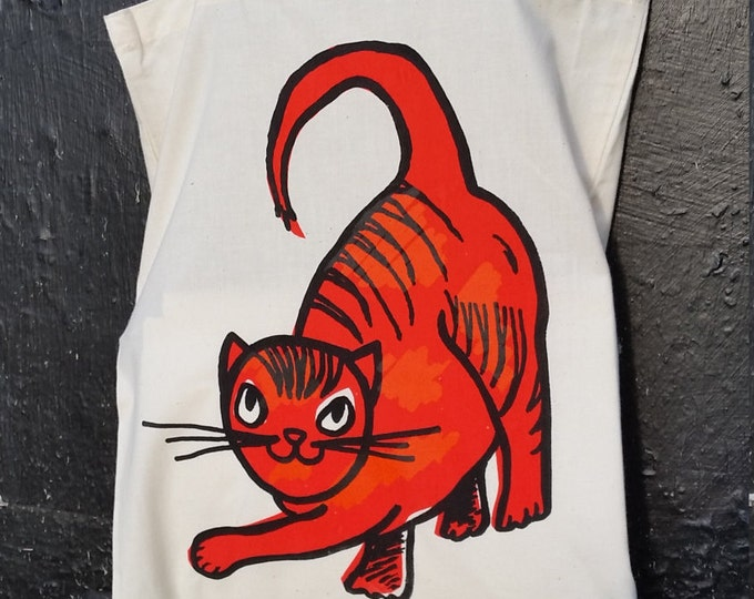 Cat Tote bag with Scarlet Cat image, on natural color 100% cotton textile material, and a Limited Edition item