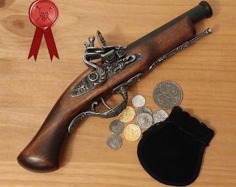 18th century Replica Flintlock Pirate Style Pistol Gun Gold Color Metal Fittings Cosplay Display Prop