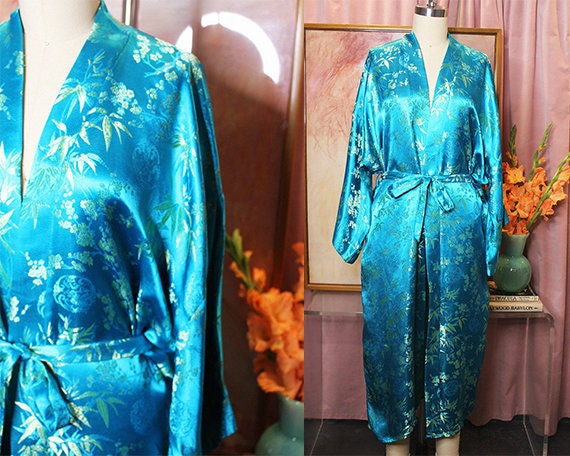 Turquoise Embroidered Silk Robe With Waist Tie (S/