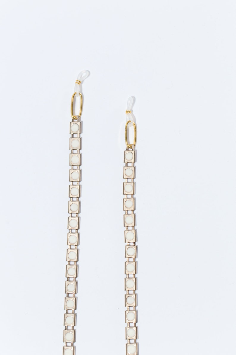 The White Jelly Belly Eyeglass Chain