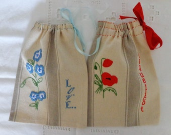 Set of 2 striped cotton bags.