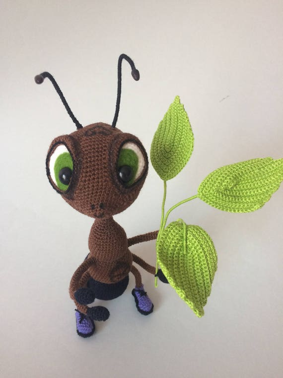 Amigurumi Ant Free Crochet Pattern - YouTube | 760x570