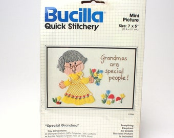 "Vintage Bucilla Crewel Embroidery Kit ""Special Grandma"" 49076 Gini Mini 7"" x 5"" Picture Quick Stitchery Grandmas Are Special People Beginner"
