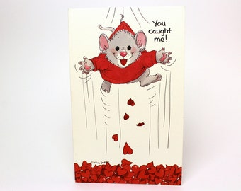 """Vintage 1991 Suzy's Zoo Valentine's Greeting Card """"You caught me! I'm yours!"""" - Mouse Hearts - by Suzy Spafford - Printed in U.S.A."""