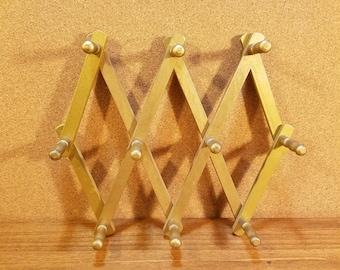 Vintage Wooden Peg Accordion Coat Rack Folding Wall Hanging Jewelry Holder