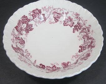 Wedgwood Strawberry and Vine Bone China 1 Berry//Dessert Plate Bowl 5.25