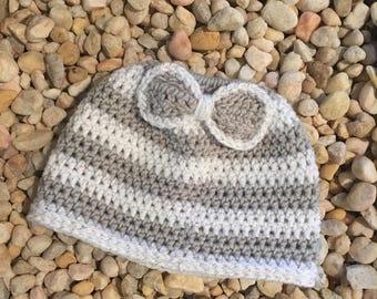Crochet Pattern Elizabeth Bun hat, messy bun hat crochet pattern, striped bun hat, bun hat with bow, crochet pattern