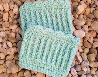 Crochet Pattern, Sweet Scallops Boot Cuffs, Digital PDF Download