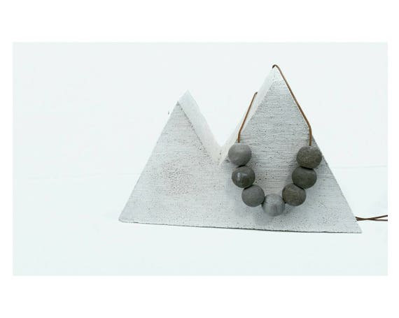 Concrete Planter,Air Plant,Air Plant Holder, Modern Mountain, Wanderer, Minimalist Style,Jewelry Display,Mountain Lover