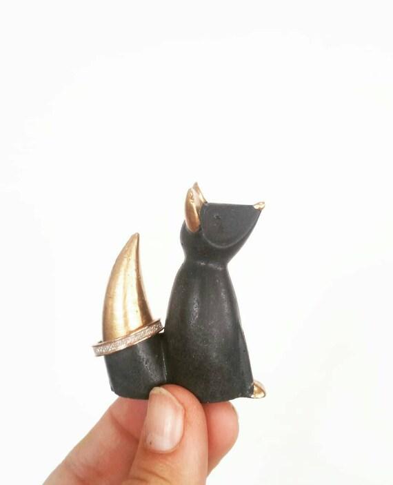 Fox Ring Cone, Fox Ring Holder, Fox Decor, Ring Holder, Jewelry Display, Fox, Jewelry Dish, Ring Dish, Ring Cone