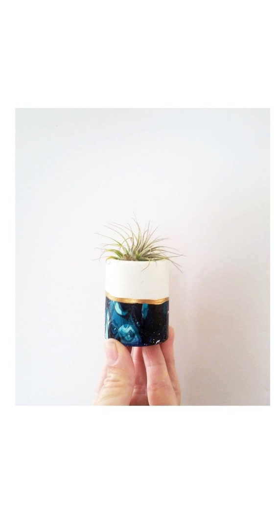 Concrete Galaxy Mini Planter,Air Plant Holder, Modern Metallic planter,Succulent Planter, Indoor Planter, Desk planter, blue decor