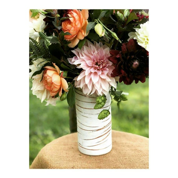 Concrete Vase/Flower Vase/Concrete decor/Industrial decor/Modern home/Centerpieces/Floral Arrangement/Home Decor