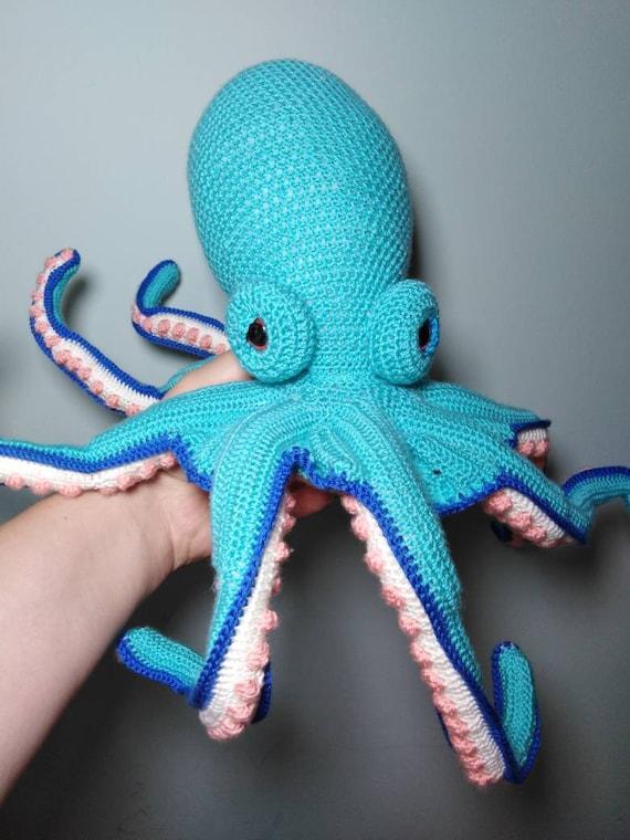 Octopus Cupcake amigurumi pattern - A little love everyday! | 760x570