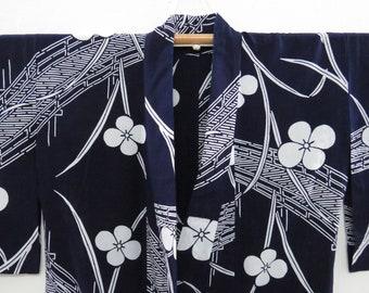 White Cotton Kimono w Navy Patterns  Vintage Japanese Yukata  Altered Vintage  Light Duster  House Coat  Robe