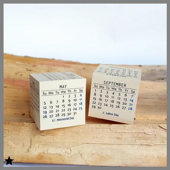 Calendario 2019 Moderno.2019 Calendario Stampabile Calendario Da Tavolo Moderno Box 3d Carta Stampabile Anno Nuovo Box Accessori Collega Fai Da Te Regali Attivita Di