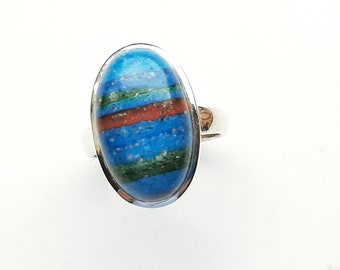 Very pretty, Rainbow Calsilicate, Oval ring. Size Q.