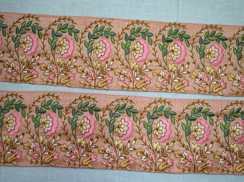 Wholesale Salmon Pink Embroidered Trimmings Ribbon Saree Border Fabric Trim By 9 Yard Indian Sari Laces Embroidery Floral gold indian trim