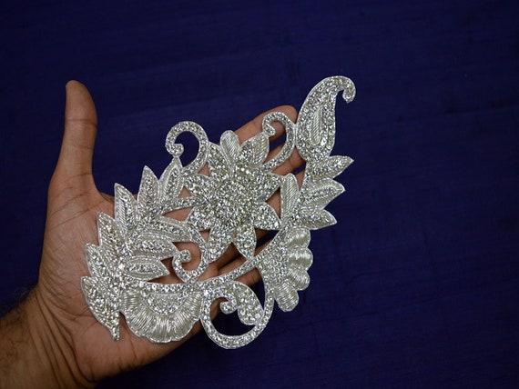 1 Pair Fine Lace Fabric Patches Embroidered Trim applique Decor Dress Decoration Black +Silver