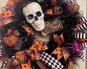 Skull Halloween wreath