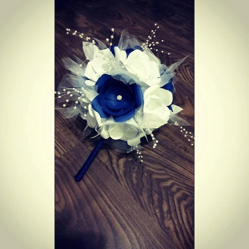 Paper flower bouquet image 0