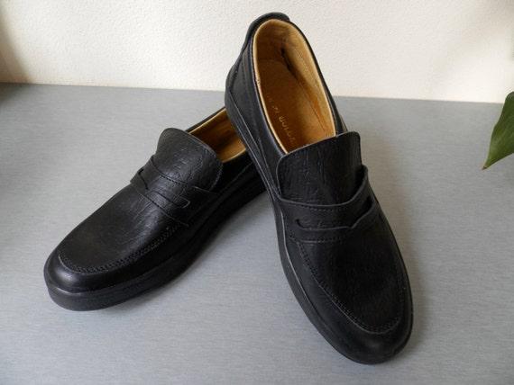 Vintage Men's Black Leather Shoes / Bulgarian Men'