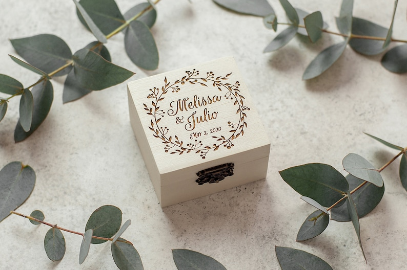 Wedding Ring Box For Ceremony / Ring Box for Wedding in White image 0