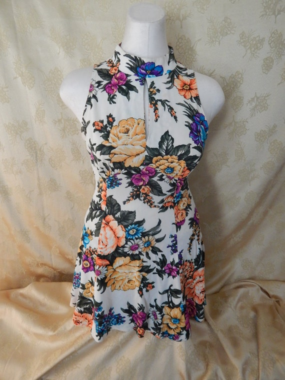 Vintage Hawaiian Mini Dress 1970's - image 2