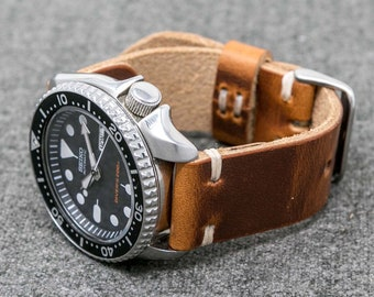 50640caf4 Leather Watch Strap Vintage Style 18mm, 20mm, 22mm, 24mm Horween English  Tan Hand Stitched