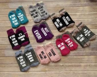 Teacher gift, teacher appreciation gift, Wine Socks, novelty socks, If You Can Read This Socks, Graduation socks, Mothers day gift, mom gift