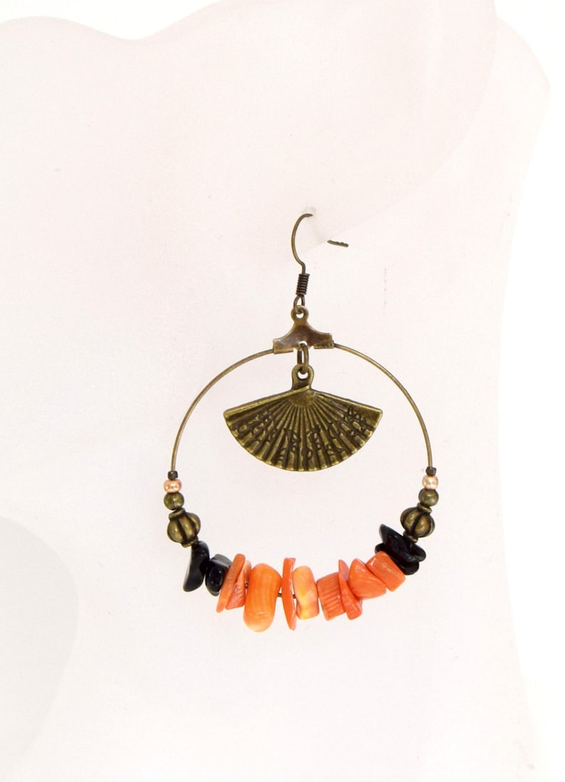 Hoop earrings coral and Onyx bronze fan