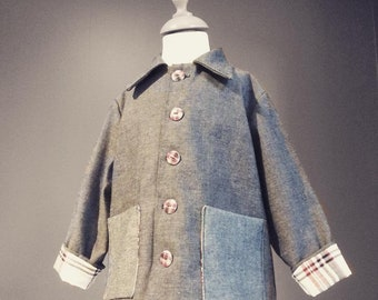 Little boy jacket in jeans. Checkered lining. Handmade. T.3/5 years. Fashion designer. Vintage style.