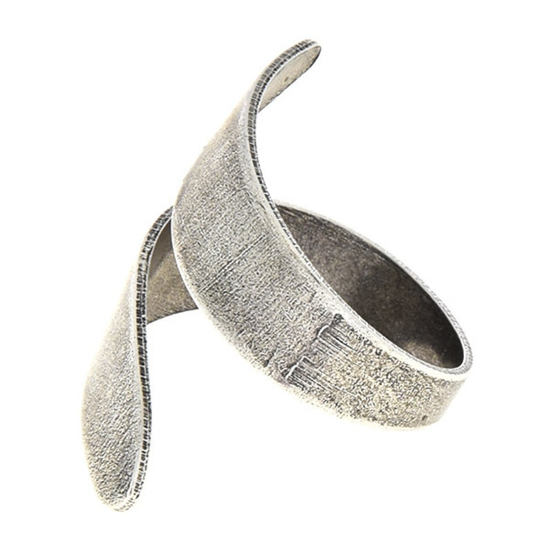 3 PCS of Open plain metal ring with wavy ends