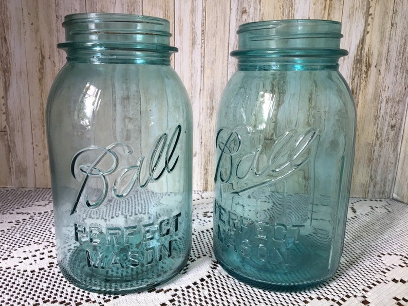 ONE VINTAGE  BLUE GLASS BALL PERFECT MASON CANNING JARS 1 QUART SIZE JAR