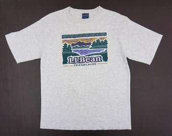 ba6c64e03 LL Bean T Shirt Men Size M 90s LL Bean Tee Vintage Outdoor T Shirt Made in  USA
