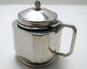 Art Deco CUBE Form (1934) Solid Sterling Silver Mustard Pot Cruet. English 20th-Century Birmingham Hallmarked.