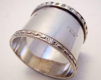 Collectable Australian/Australia Solid Sterling Silver Serviette NAPKIN RING. Heavy 36g