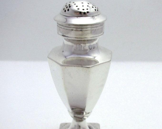 Antique Edwardian (1905) Solid Sterling Silver Pepper Pot Jar Bottle Shaker Caster Cruet Pepperette. English Hallmarked.