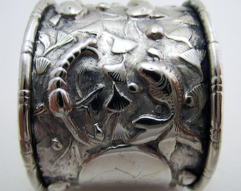 Very Rare Straits Chinese Peranakan Solid SILVER Antique Napkin Ring. Marked. Early 20th-Century c.1910.