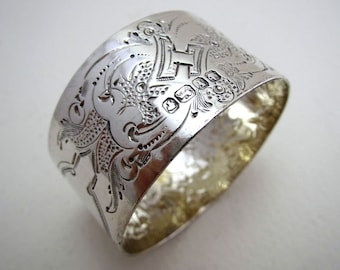 Early 1866 Martin, Hall & Co. VICTORIAN Antique Solid Sterling SILVER Serviette Napkin Ring. English Sheffield Hallmarked.