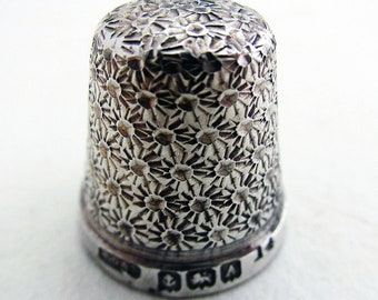Antique 1925 Solid Sterling Silver Thimble Finger Guard Protector, Size 14. Henry Griffith. English Birmingham Hallmarked.