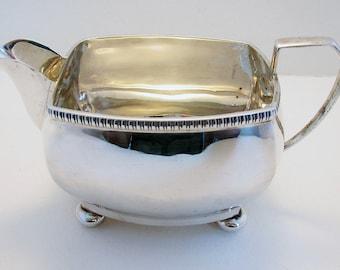 ART DECO (1929) Solid Sterling Silver Milk Cream Jug. Antique/Vintage. English Chester Hallmarked.