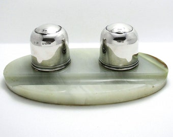 Elegant Art Deco (1927) Solid Sterling Silver & Green Marble Double Inkwell Desk Pen Ink Stand Pots.