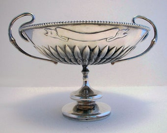 Impressive Hamilton & Co. (1890) Indian Colonial Solid Silver Antique  Arts and Crafts, Tazza Dish Footed Bowl Cup. Calcutta, India.