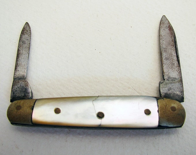 Victorian (c1880) Mother of Pearl Carbon Steel 2 Blade Double Pocket English Fruit Pen Knife Penknife. 19th-century. Antique/Vintage.