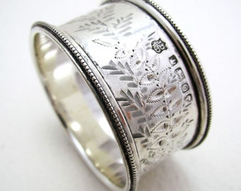 VICTORIAN 1881 Heavy Antique Solid Sterling SILVER Serviette Napkin Ring. English Sheffield Hallmarked. James Deakin & Sons.