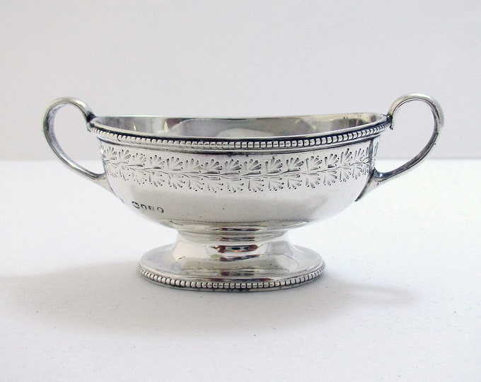Antique Victorian (1892) Solid Sterling Silver Salt Dish Bowl Cellar, English Martin Hall & Co.
