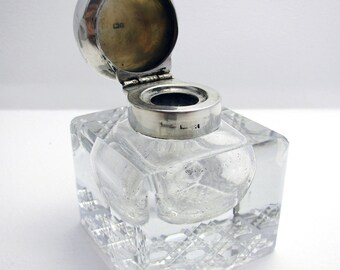 Antique Edwardian (1904) Solid Sterling Silver & Cut Glass English Inkwell Ink Pot Box, Plain.