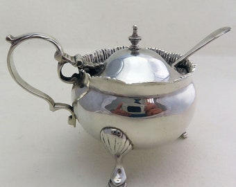 Heavy 91.5g Solid Sterling Silver Antique Mustard Pot Cruet. English Chester Hallmarked. Stokes & Ireland.