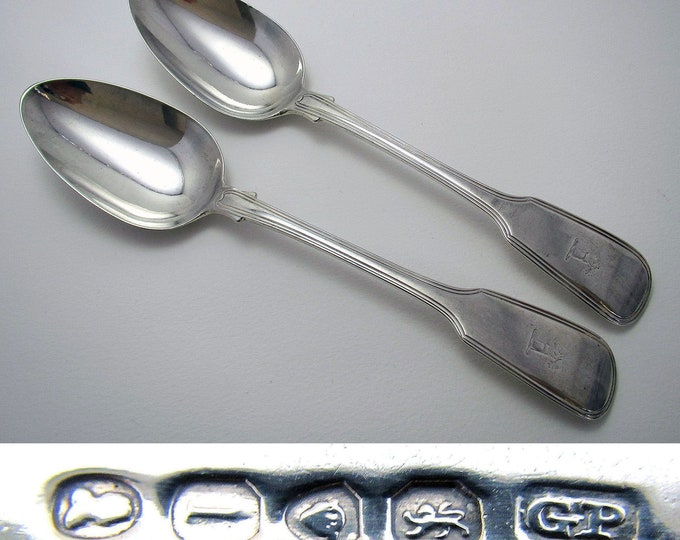 """Heavy Pair 154g! of GEORGIAN """"Fiddle Thread"""" Pattern Solid Sterling SILVER Table Serving Spoons, English London 1826 Hallmarked."""